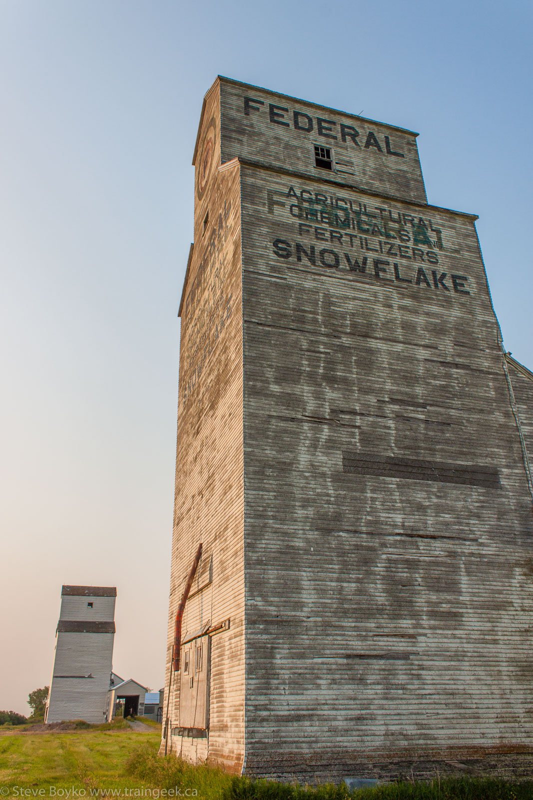 The former Federal and Pool grain elevators in Snowflake, MB 2014/07/20