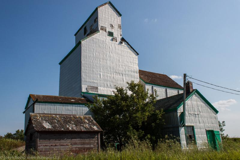 The grain elevator in Coulter, MB