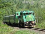 NBSR 9801 Excursion Train in Welsford, NB 2007/05/27