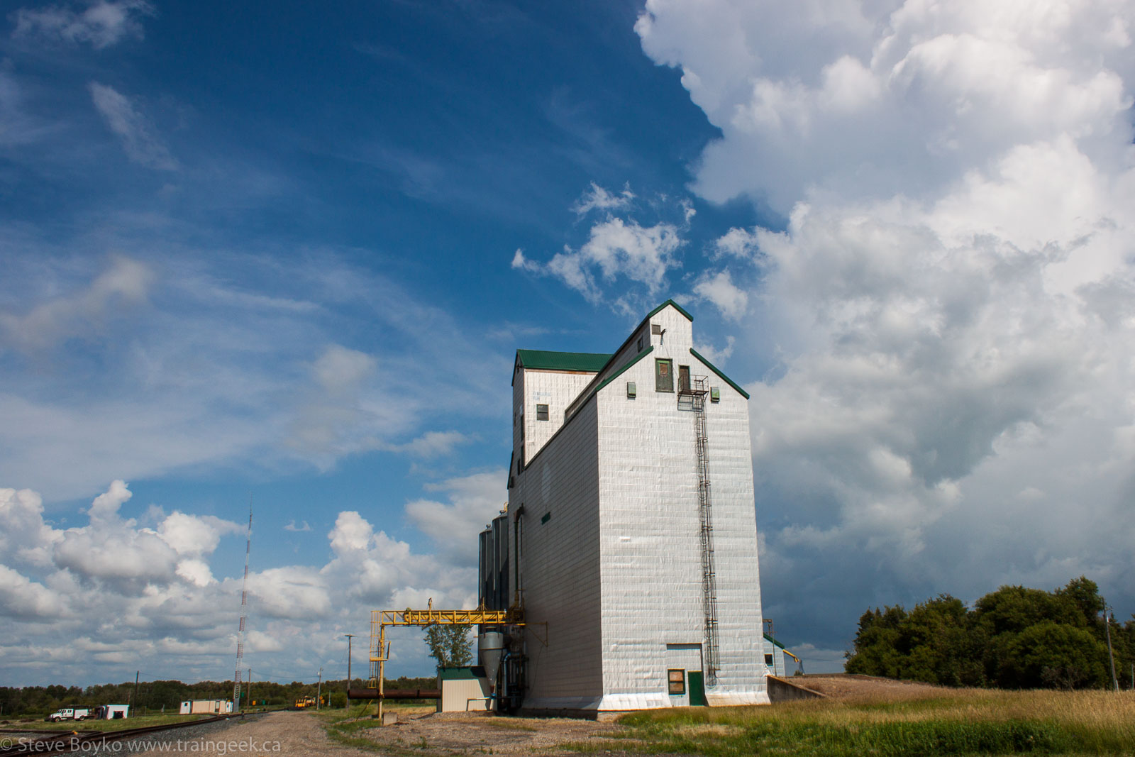 The former Manitoba Pool grain elevator in Souris, MB 2014/08/09