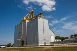 The Cartwright, MB grain elevator 2014/08/08