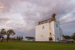 The Niverville, MB grain elevator 2014/09/20