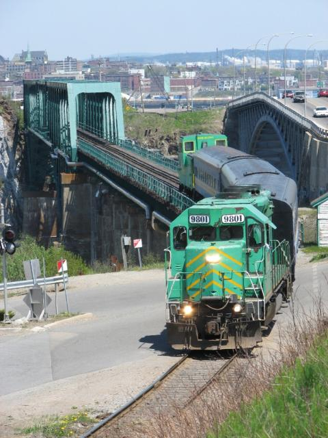 NBSR 9801 Excursion Train at Reversing Falls, Saint John, NB 2007/05/27