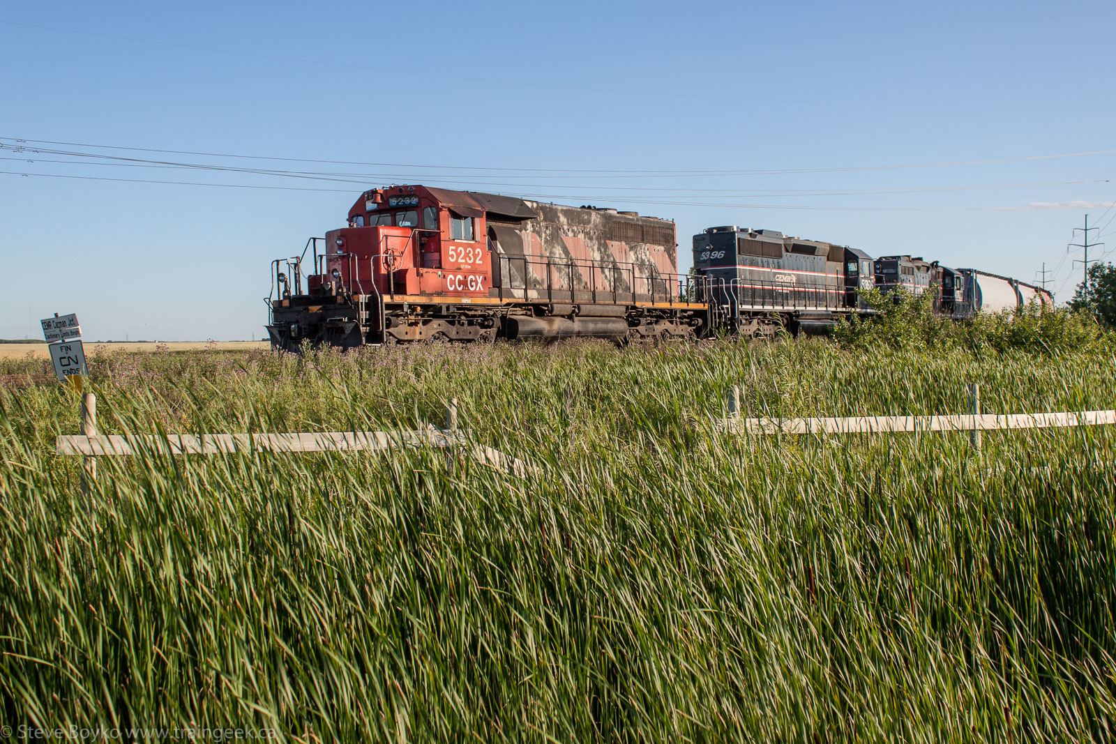 CCGX 5232, CEMR 5396 and CEMR 4002 in Winnipeg 2014/07/25