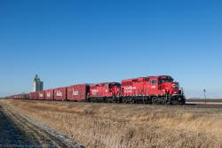 CP 2246 and the Holiday Train near Rosser, MB 2014/11/14