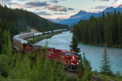 CP 8929 at Morant's Curve near Banff AB 2013/07/21