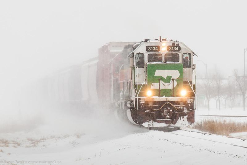 BNSF 3134 leaving Grand Forks, ND 2015/02/15