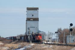 CN 2832 at Dufresne, MB 2015/03/08