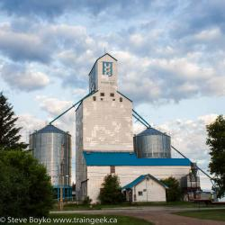 The McCreary, MB grain elevator 2015/06/27