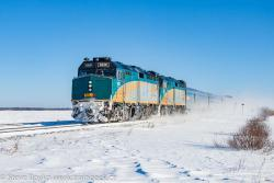 VIA 6426 outside Winnipeg, MB 2015/12/24