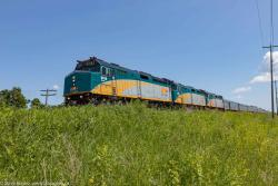 VIA 6418 in Winnipeg 2016/06/23