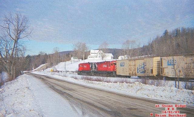CP 4235 at Stone Ridge, NB. Photo by Brian Barchard