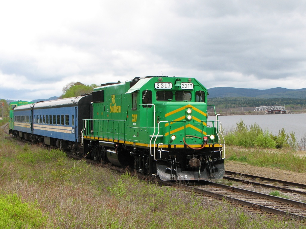 NBSR 2317 at Westfield Beach, NB 2008/05/24
