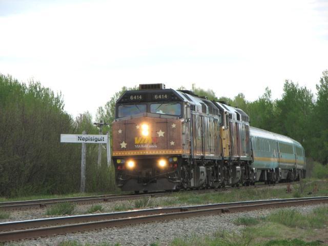 VIA 6414 at Nepisiguit Junction