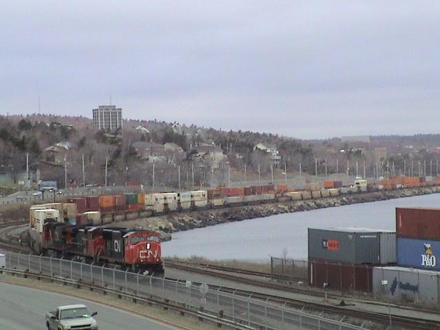 CN 120 at Halifax, NS 2004/04/22