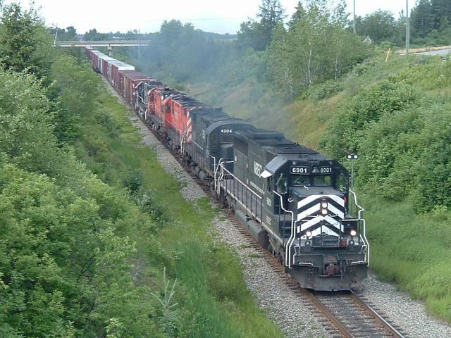 NBEC 6901 Leaving Bathurst, NB 2006/07/18