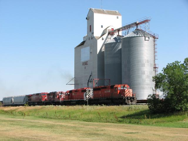 CP 6022 East at Pense Saskatchewan