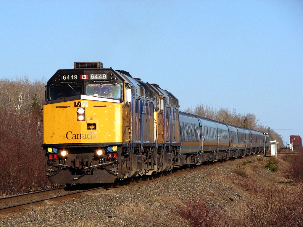 VIA 6449 at Belledune, NB 2009/05/05