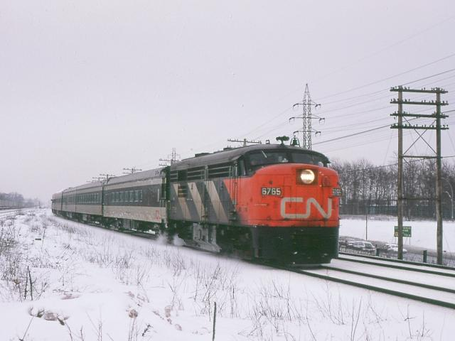 CN 6765 near Dorval Quebec