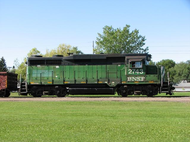 BNSF 2743 in Winnipeg