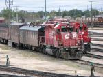 CP 6047 and the TEC Train in Winnipeg, MB 2009/10/03