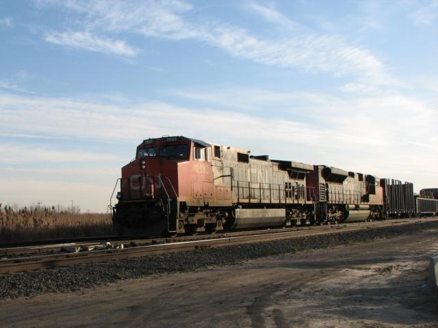 CN 2693 in Winnipeg, MB 2009/11/19