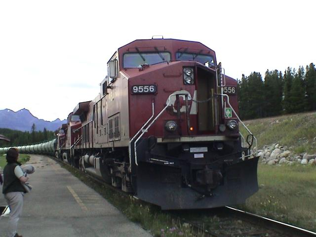 CP 9556 in Lake Louise, AB 2002/08/11