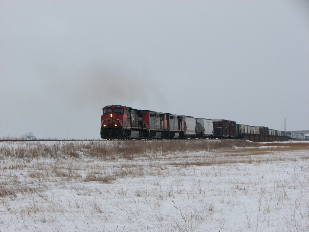CN 2549 in Winnipeg, MB 2010/02/20