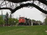 CN 2238 in Winnipeg, MB 2010/05/07
