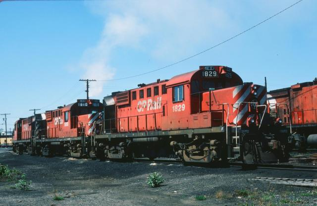 CP 1829, 1810 and 1811 in Sudbury, ON. Slide by Carl G Perelman