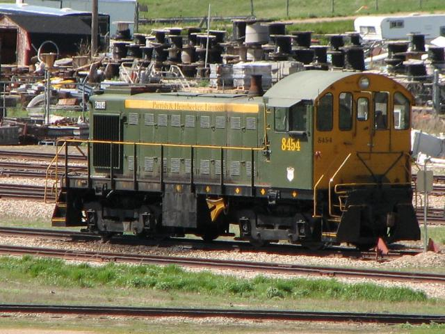 Parrish and Heimbecker 8454 in Moose Jaw, SK