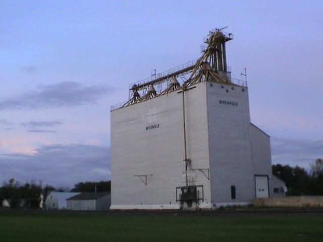 Grain elevator in Niverville, MB
