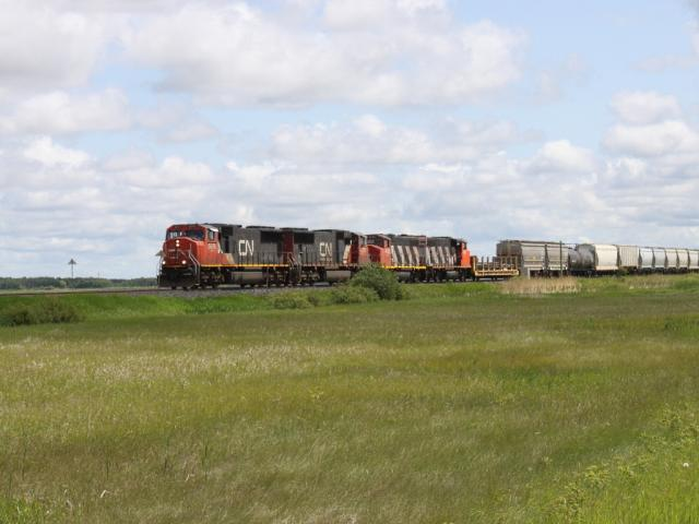 CN 5676 in Winnipeg