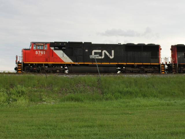 CN 5761 at East Junction in Edmonton, AB