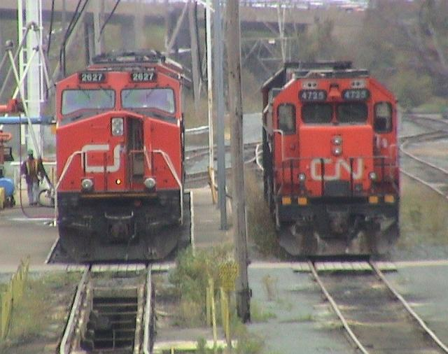 CN 2627 at Fairview shops in Halifax, NS 2003/10/18