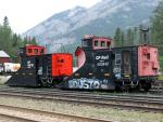 Snow plows CP 400762 and CP 400840 in Banff, AB 2010/08/08