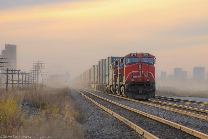 CN 2673 in Winnipeg