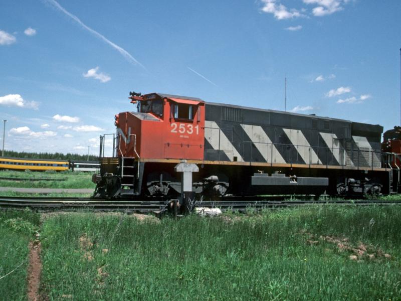 CN 2531 in Moncton. Slide by Greg Brewer