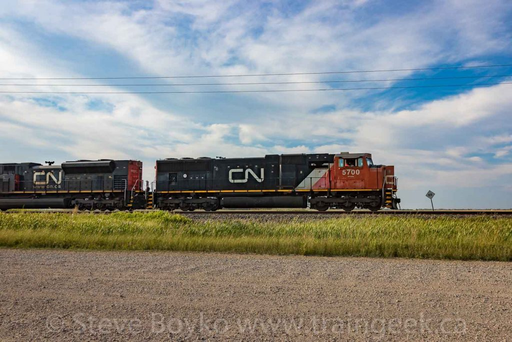 CN 5700 on the move
