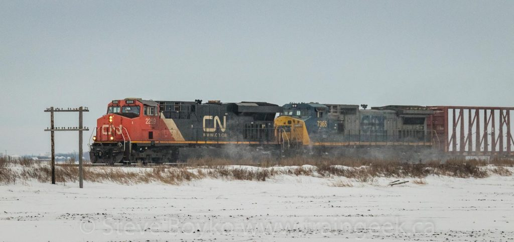CN 2259 and GECX 7365 near Fortier, Manitoba