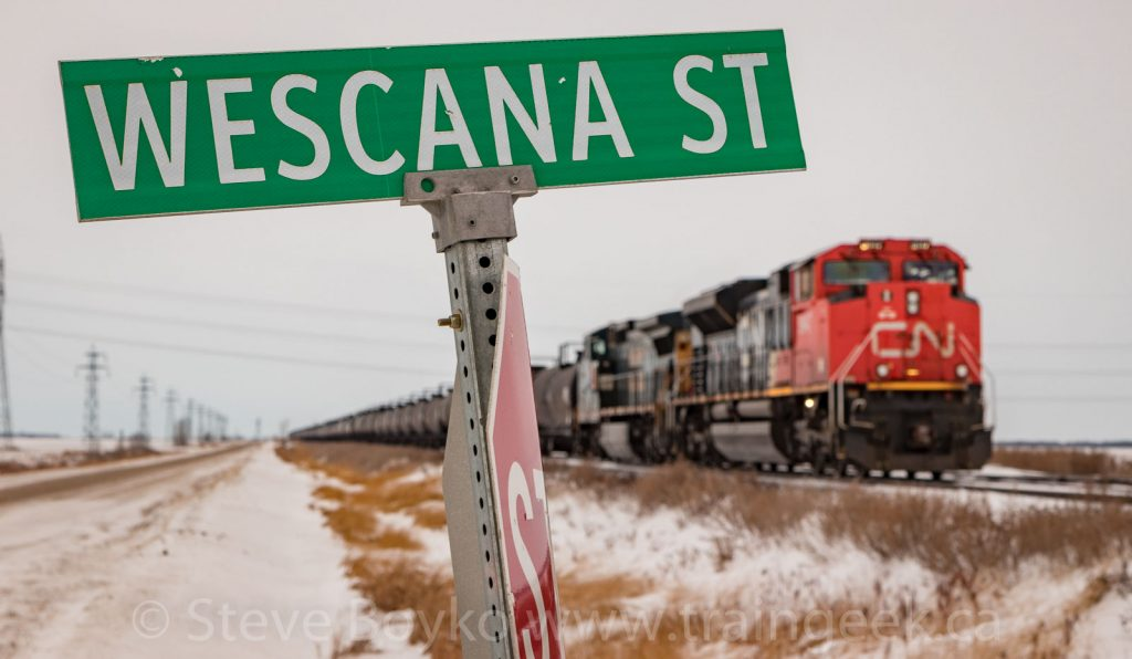 CN 8947 waiting at Wescana Street, west of Winnipeg
