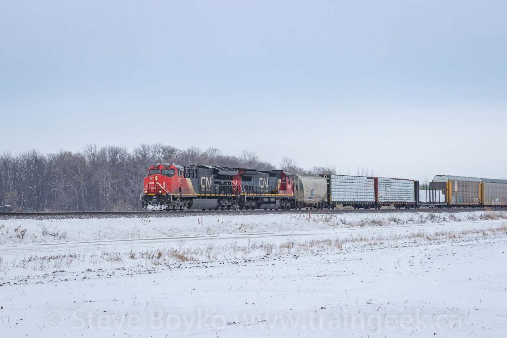Here comes CN 3077