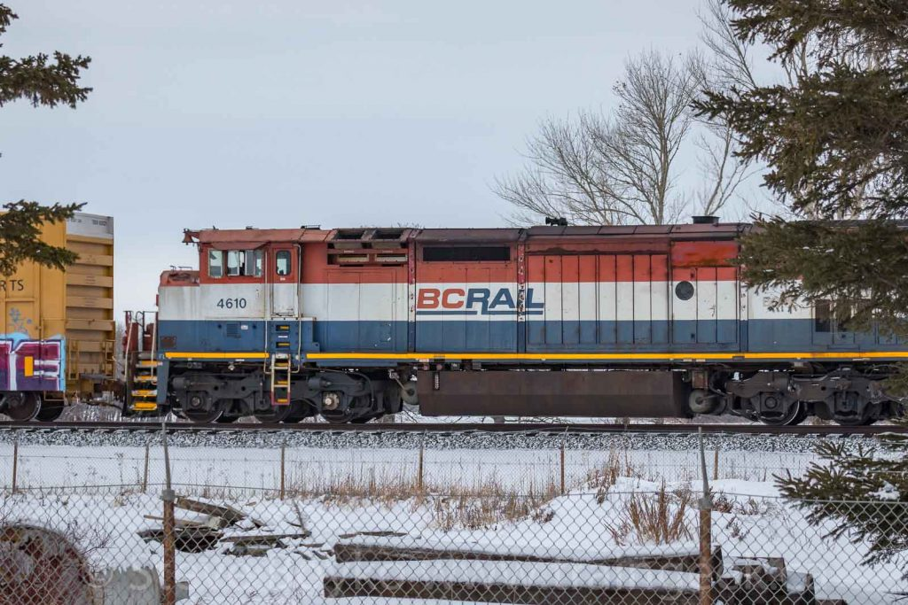 BCOL 4610 in Winnipeg in red/white/blue BC Rail livery