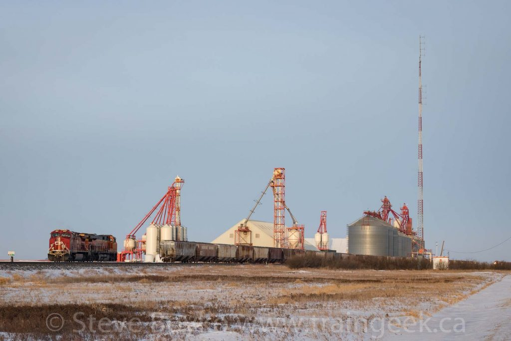 CP 8117 and BNSF 8192 at the south end of the Corinne grain elevator complex