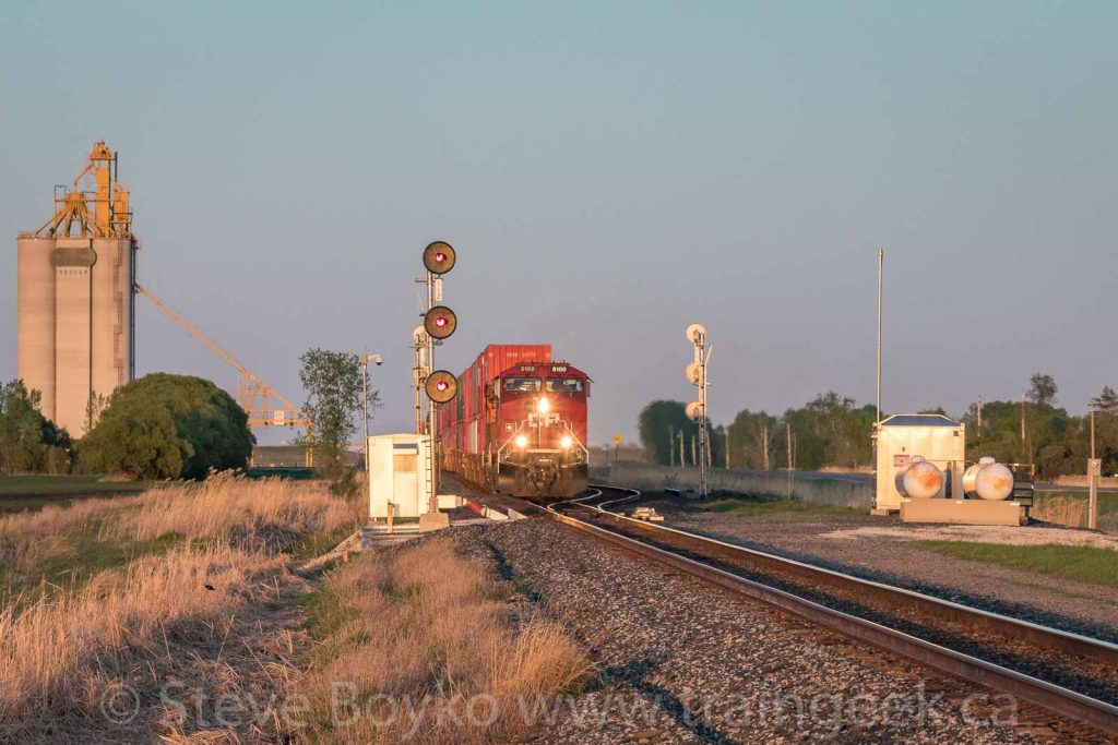 CP 8100 West at Makwa, west of Winnipeg