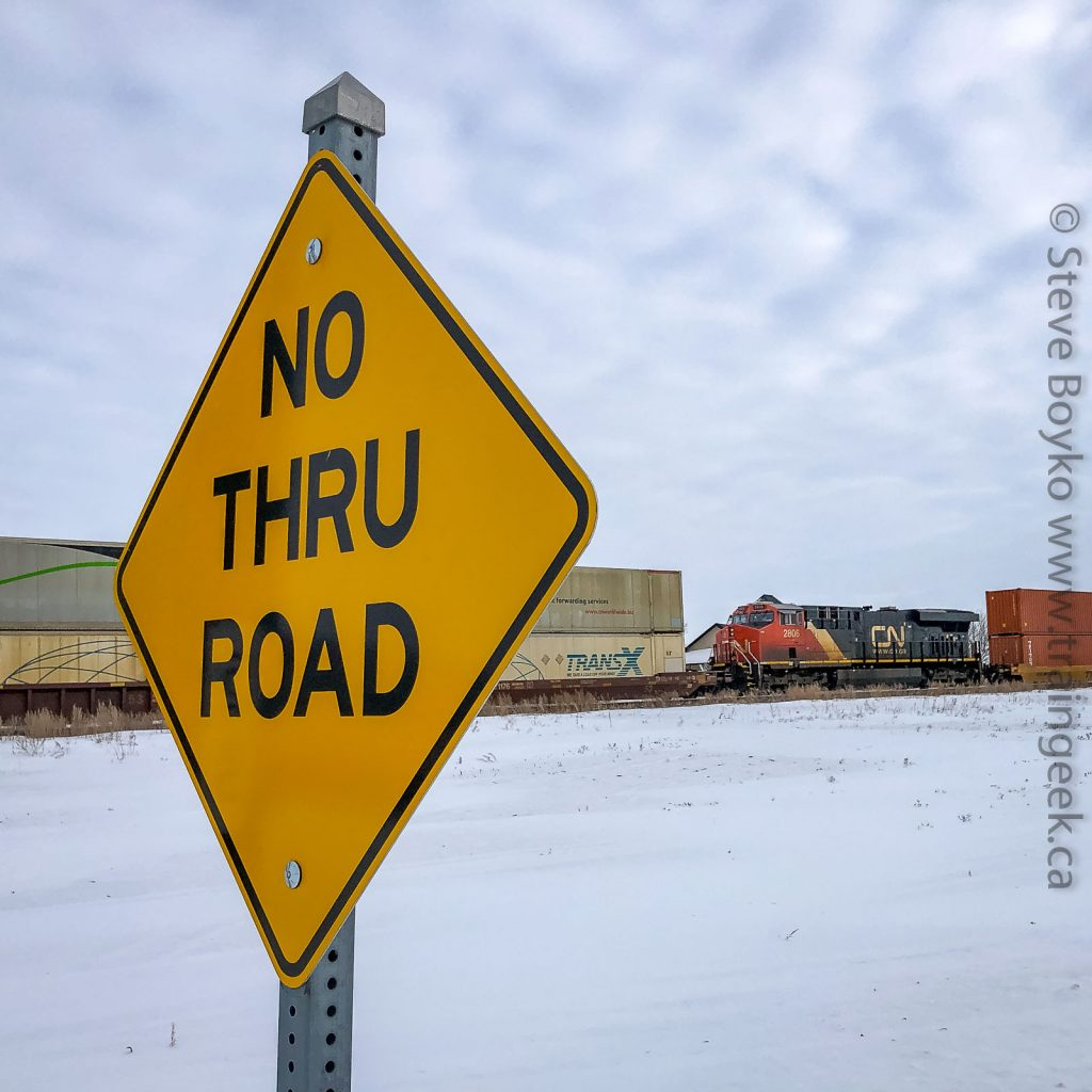 NO THRU ROAD