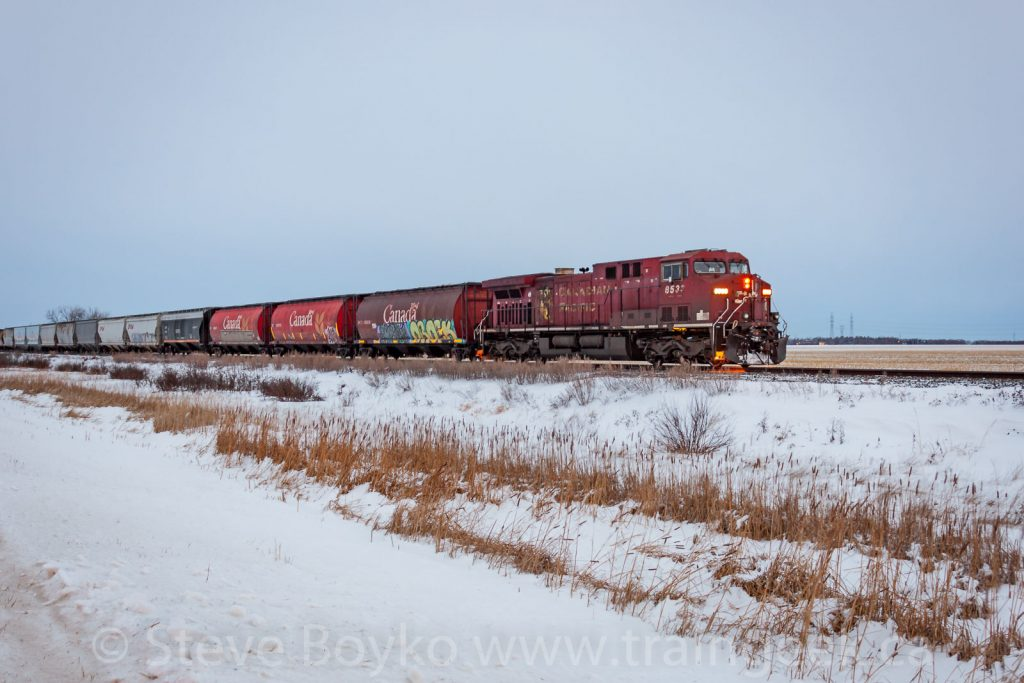 CP 8533 East at rest