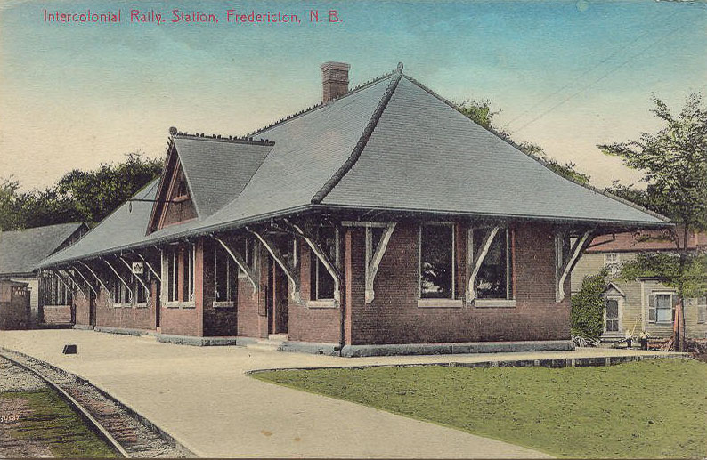 Postcard of the Intercolonial Railway station (later CN), 1919