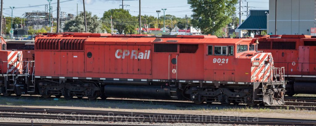 Side view of CP 9021, August 30, 2014
