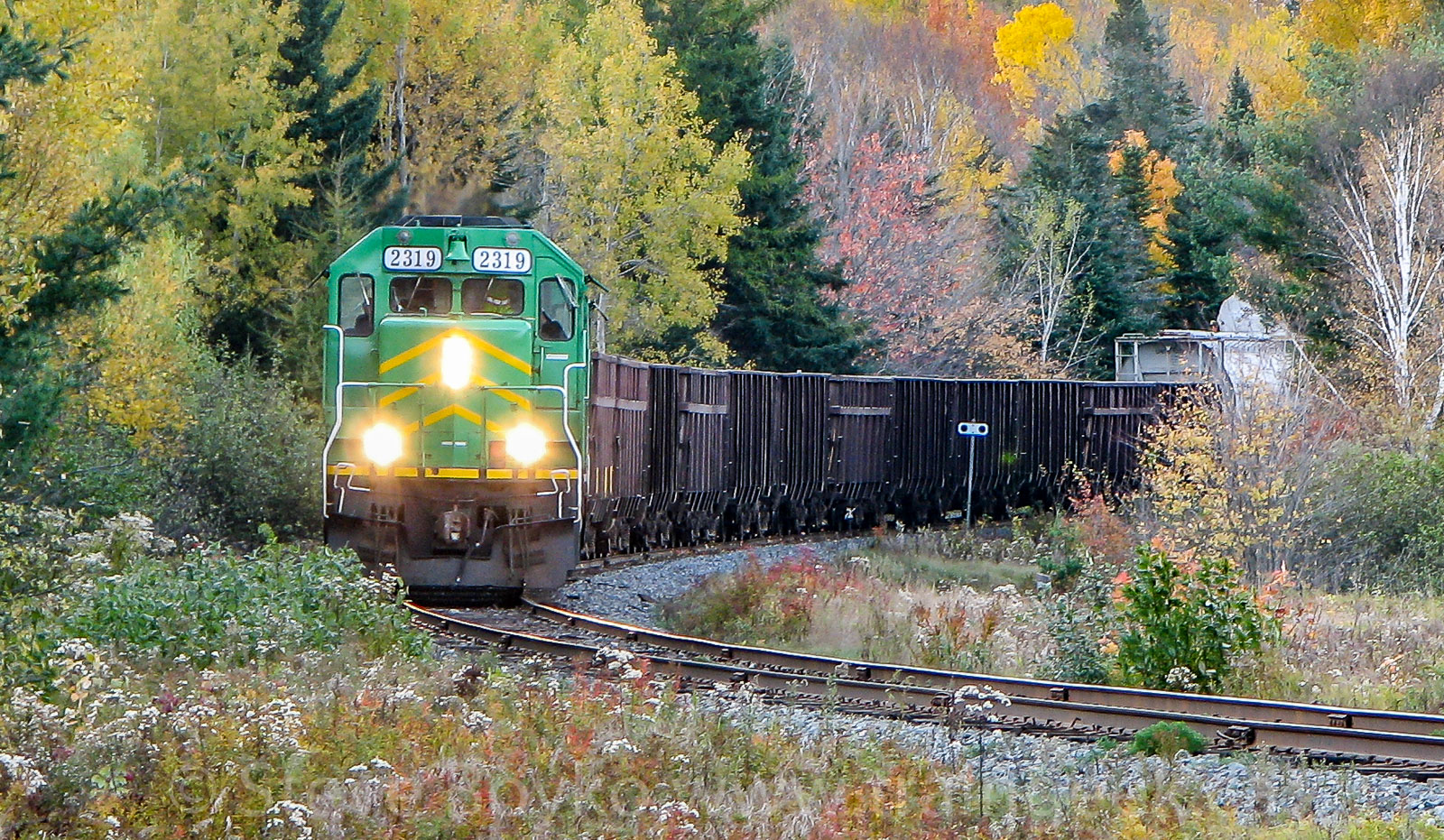 NBSR 2319 and 2317 in Welsford, NB, Oct 2008